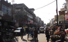 Marknaden i Bhogal tillhör inte New Delhis charmigaste. Foto Henrik Sundbom