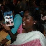 Den lankesiska regeringen har bekräftat att så många som 65 000 människor kan saknas efter inbördeskriget som pågick i 30 år. Foto: Amantha Perera/IPS