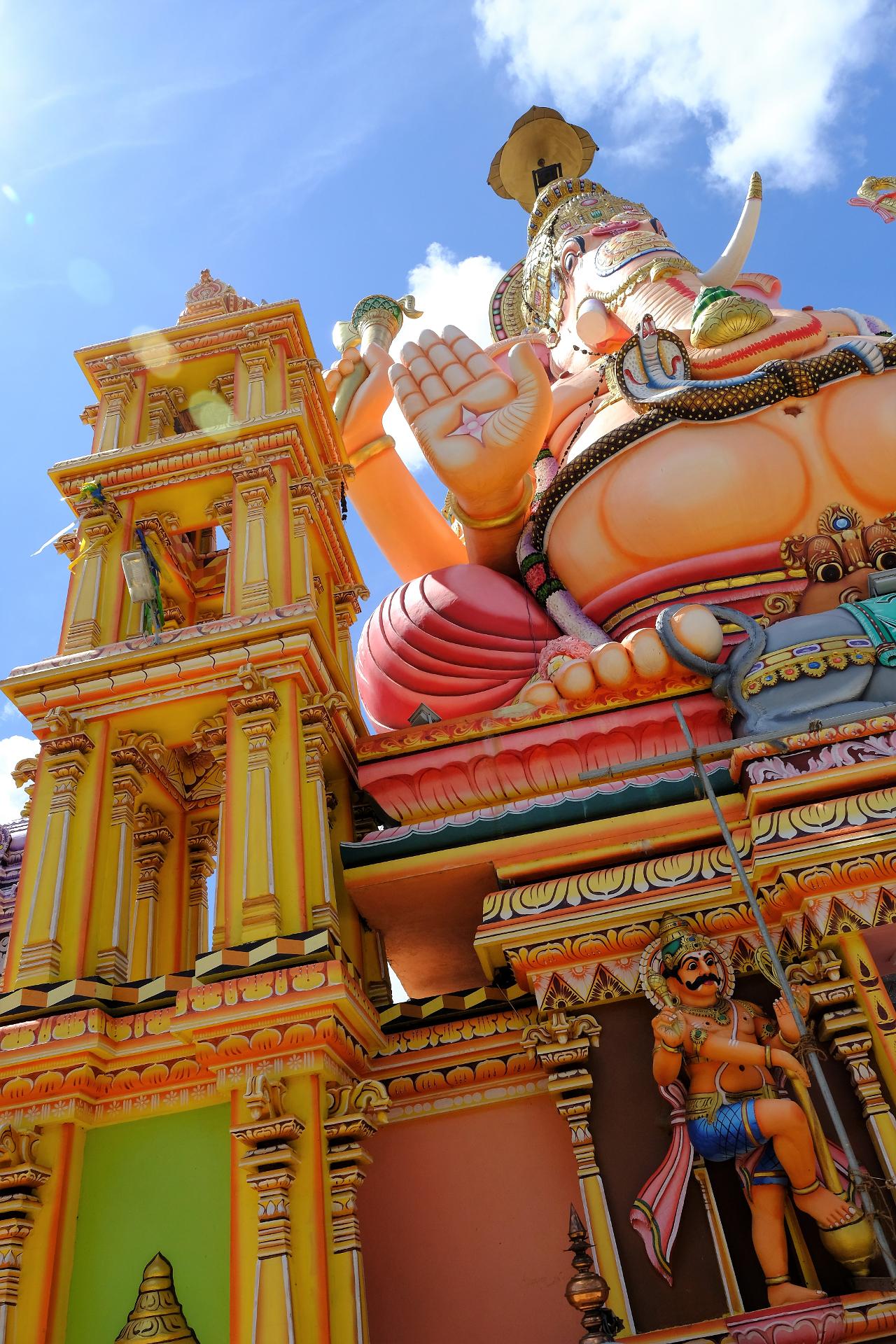 En färgsprakande avbildning av Elefantguden Ganesha. Foto: Johan Mikaelsson