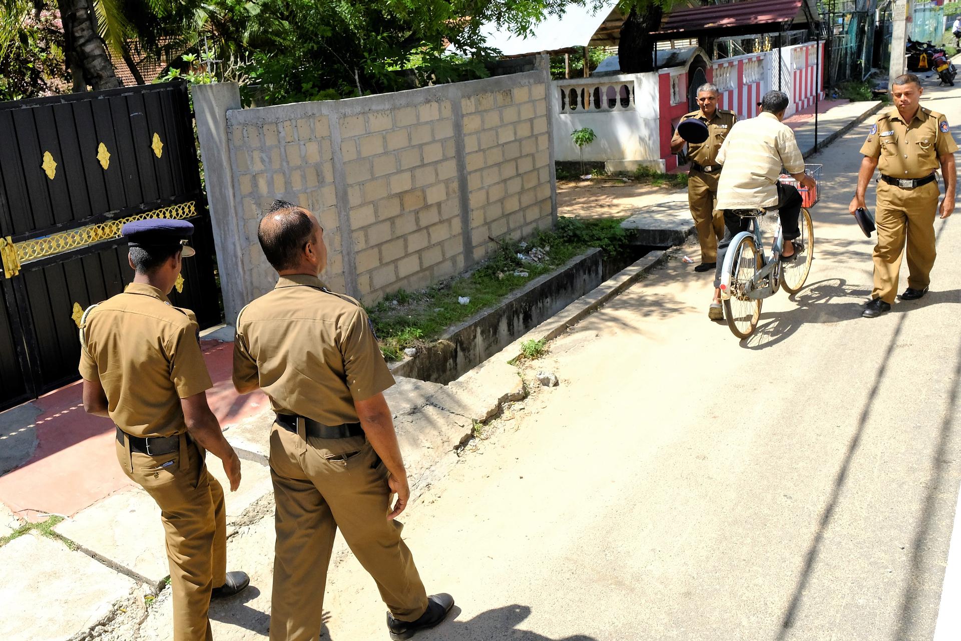 Det är en högre polisiär närvaro inför på presidentens besök i östra provinsen. Foto: Johan Mikaelsson