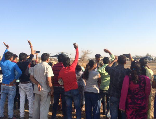"""I början av mars var Modi på besök här i staden. Under dagarna innan han kom gick det rallies genom gatorna, och man ropade """"Modi! Modi! Modi!"""" i stora högtalare Foto Therese Boje Mortensen"""