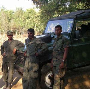 Singhalesiska soldater. Foto Wiveca Stegeborn