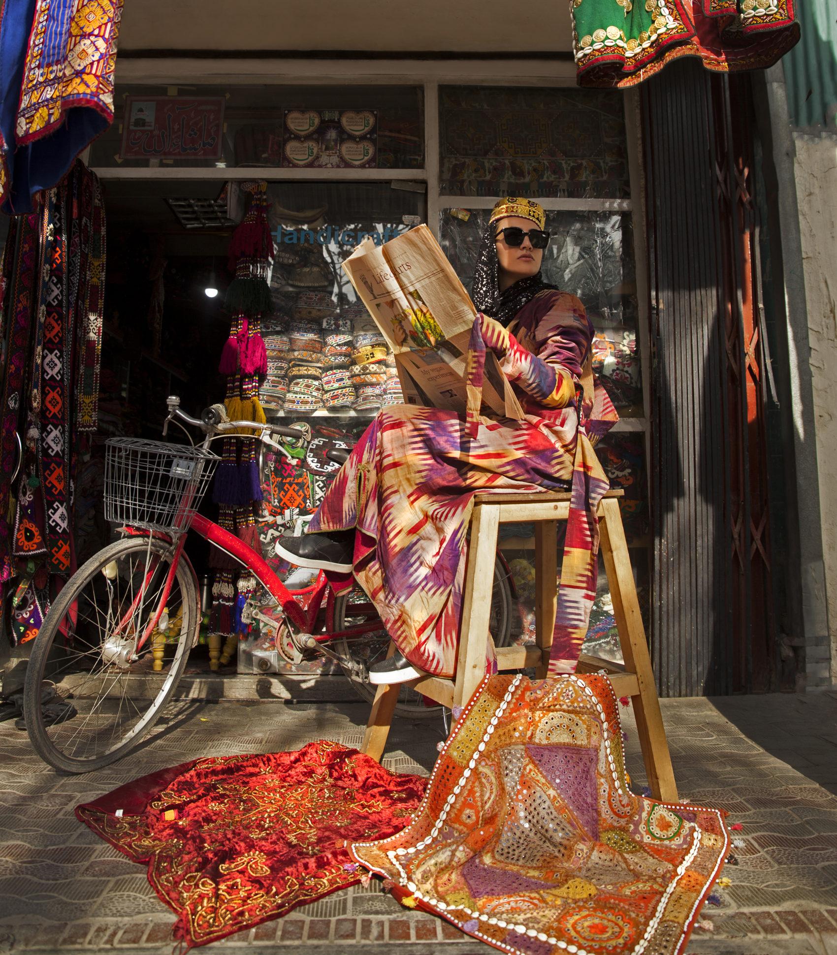 Del i konstnären Fatimah Hosseinis fotoserie Pearl in Oyster.