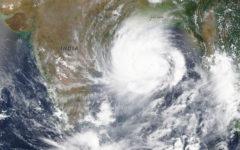 Cyklonen Amphan drar fram i Sydasien