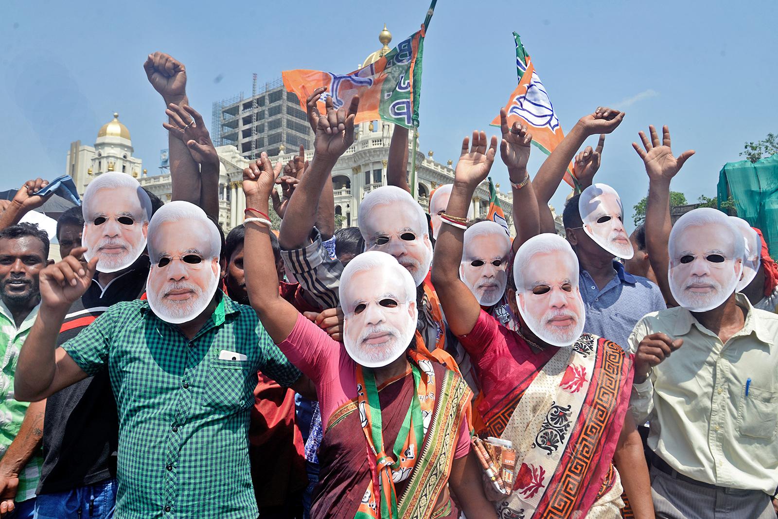 Supportrar till Indiens premiärminister Narendra Modi